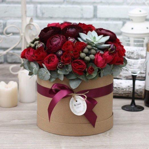 Цветы в коробке М (20 см) 0559