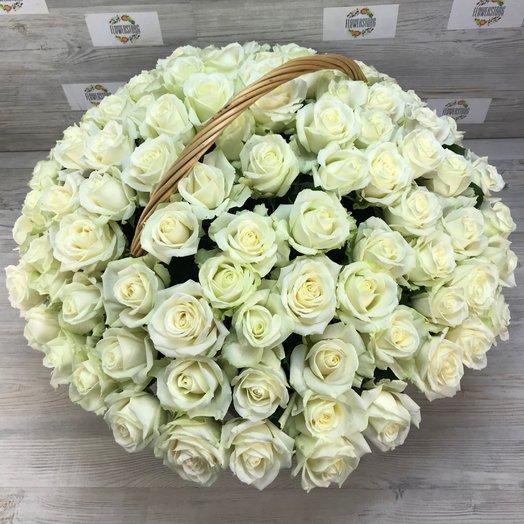 Корзины с цветами. Розы. 101 роза. N159: букеты цветов на заказ Flowwow
