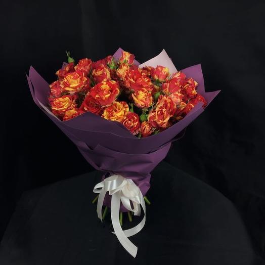 "Кустовые розы ""Orange"": букеты цветов на заказ Flowwow"