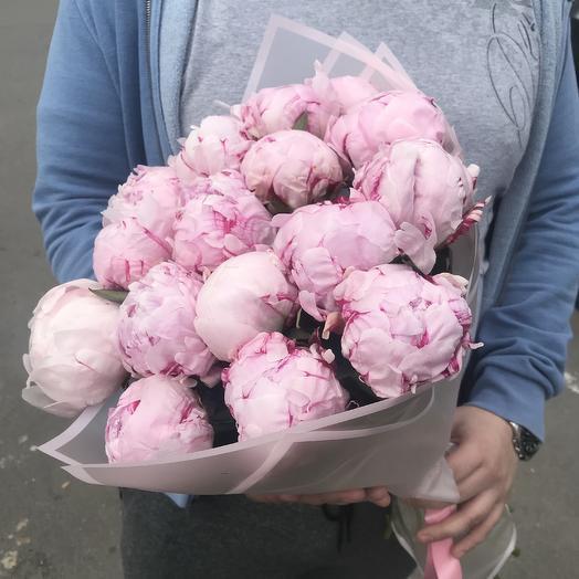 Букет из 17 пионов: букеты цветов на заказ Flowwow