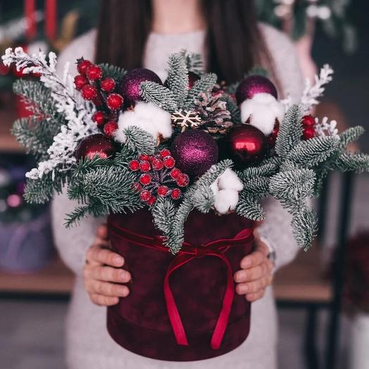 Зимняя композиция «Бордо»: букеты цветов на заказ Flowwow