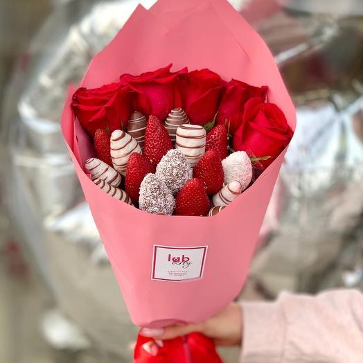 Барокко M микс с розами