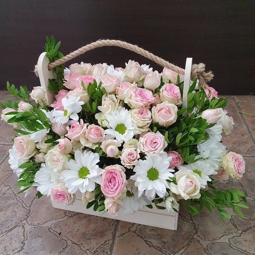 """Ящичек с кустовой розочкой и хризантемой """"Нежность"""""""