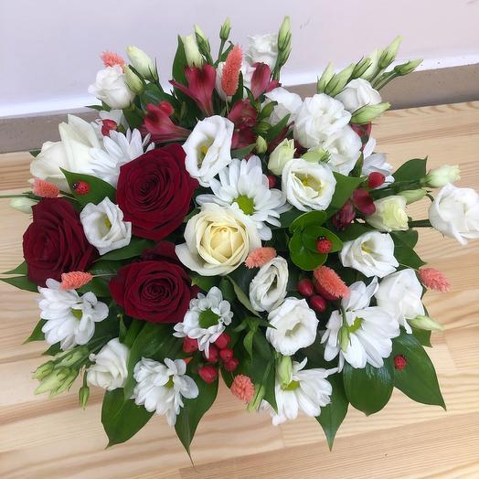 Подарочная коробка: букеты цветов на заказ Flowwow