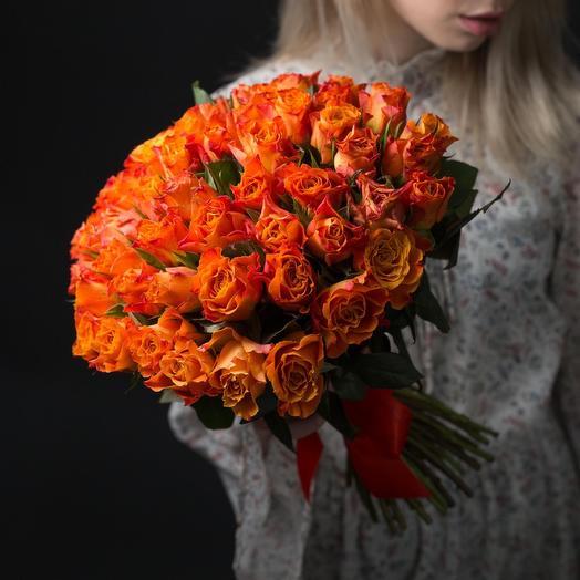 Букет из 55 оранжевых роз