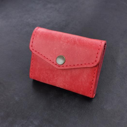 Женский кошелек на кнопке из натуральной кожи