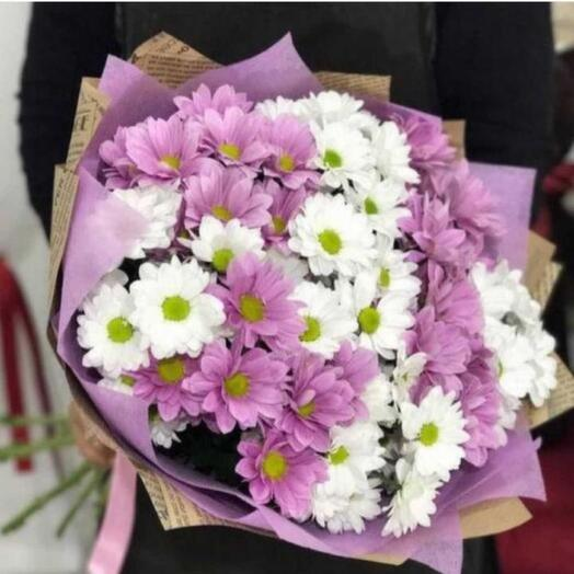 9 кустовых хризантем в оформлении
