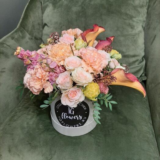 """Букет в коробке """"flower symphony"""""""