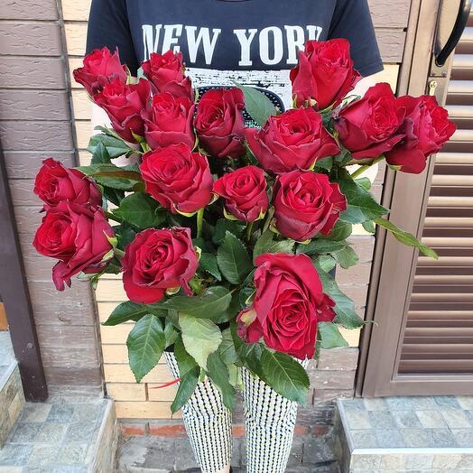 15 роз Эквадор 60 см