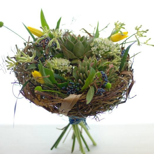 Букет в гнезде: букеты цветов на заказ Flowwow