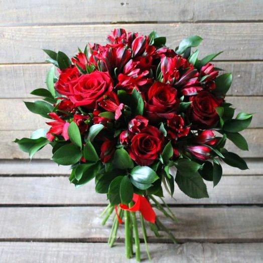 Пламя чувств: букеты цветов на заказ Flowwow
