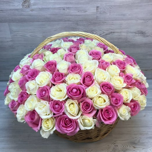 Корзины с цветами. Розы. N53: букеты цветов на заказ Flowwow