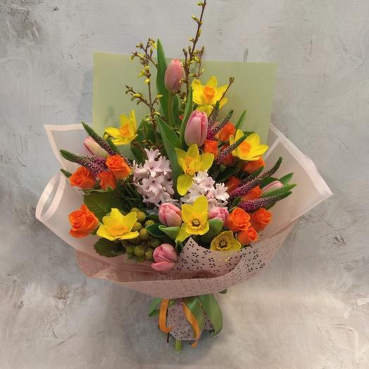 Стильный весенний букет: букеты цветов на заказ Flowwow