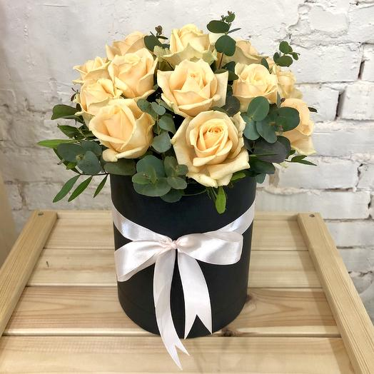 Box of peach roses
