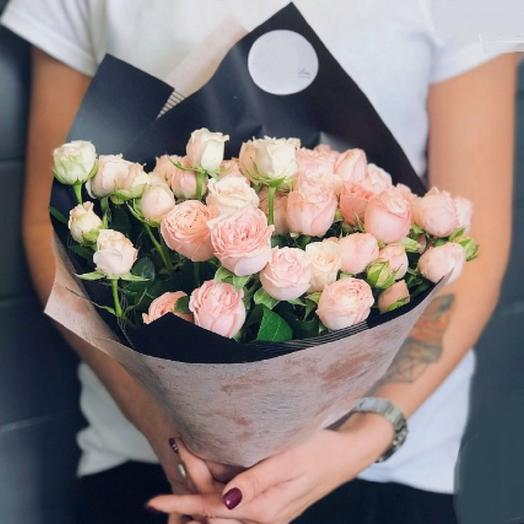 Кустовая роза 9 шт