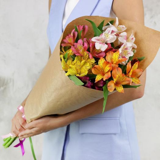 Букет из 5 альстромерий: букеты цветов на заказ Flowwow