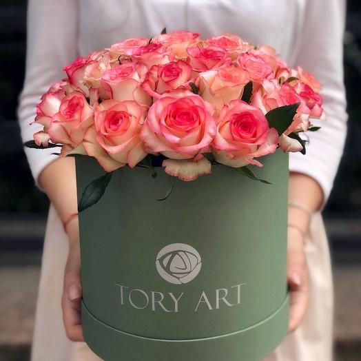 """Розы в коробке """"Коралловый риф"""""""