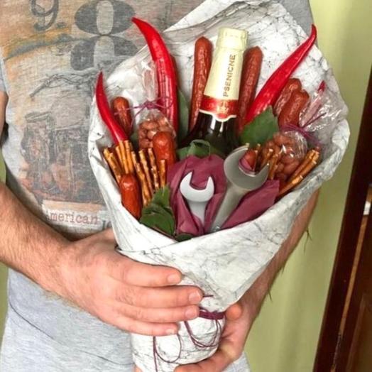Настоящему мужчине: букеты цветов на заказ Flowwow
