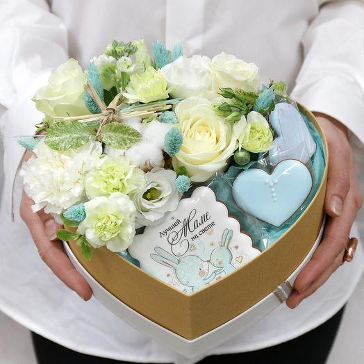 КОМПОЗИЦИЯ ЛЮБИМОЙ МАМОЧКЕ: букеты цветов на заказ Flowwow