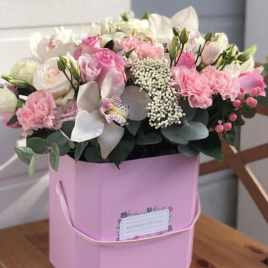 Композиция «воздушный поцелуй»: букеты цветов на заказ Flowwow