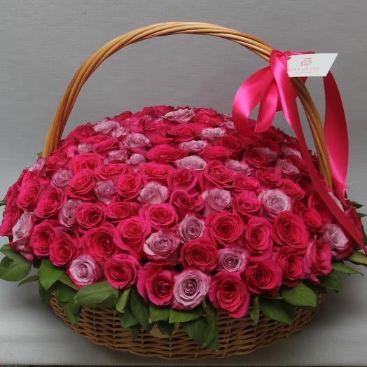 151 роза премиум в корзине
