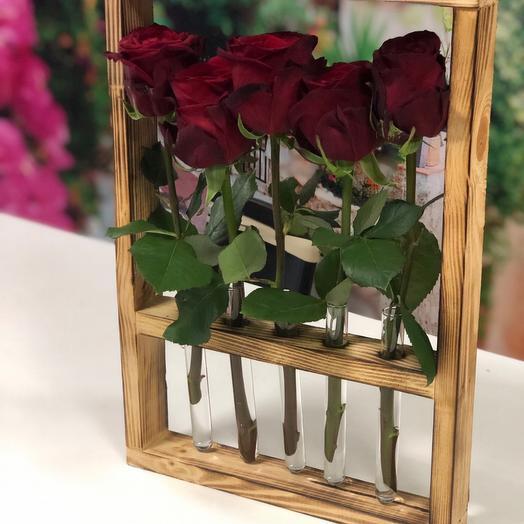 Роза в колбах