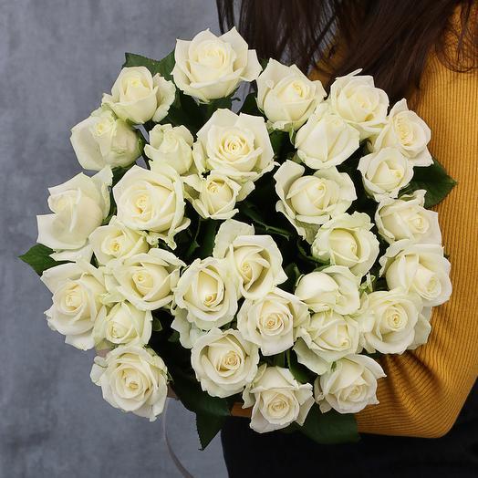 31 белая роза 50-60 см (Россия) под атласную ленту