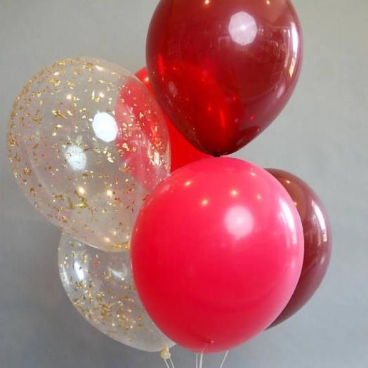 Каскад из 6 воздушных шаров