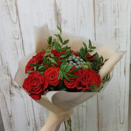 Букет с красивыми розами