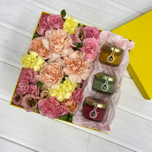 Flowers in a box and honey souffle