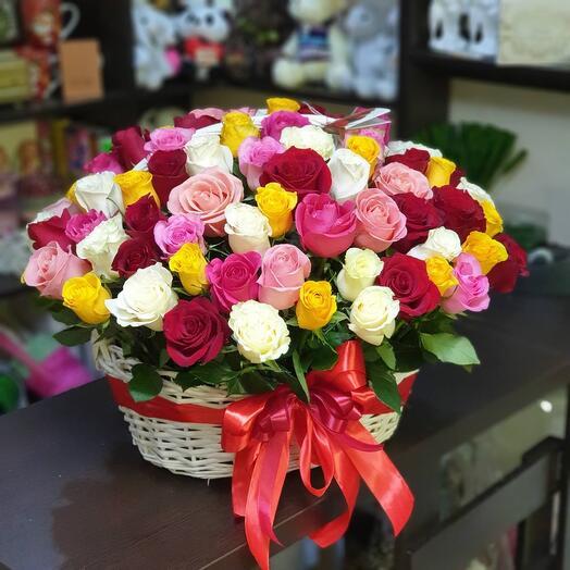 Корзина с цветами 101 🌹