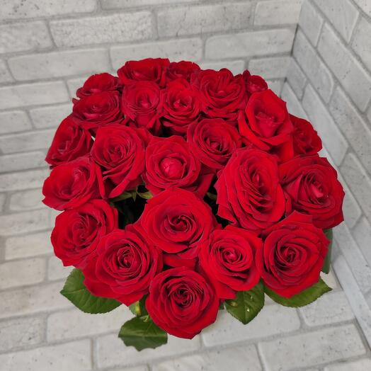 Букет из 23 роз Red Naomi - Акция