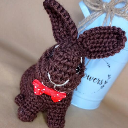 Кролик вязаный ручной работы