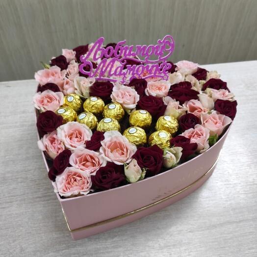 Цветы в коробке сердце 💓