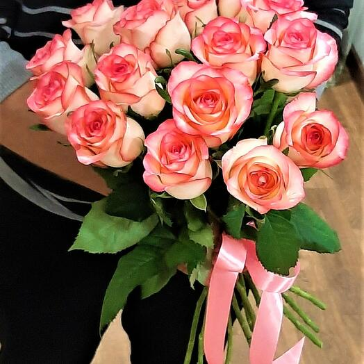 15 роз Джумилии