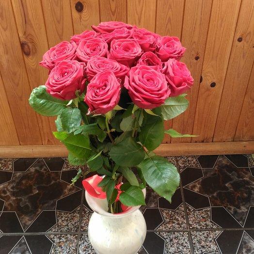 15 красных роз (страна Россия): букеты цветов на заказ Flowwow