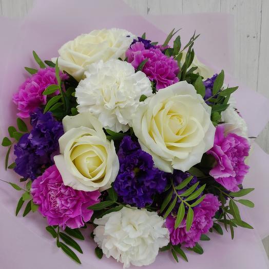 Букет из роз и диантуса: букеты цветов на заказ Flowwow