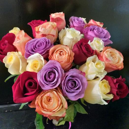 Букет из 25 миксованных роз 40см