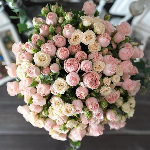 31 Пионовидная роза