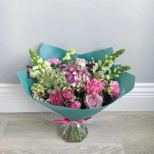 Будапешт: букеты цветов на заказ Flowwow