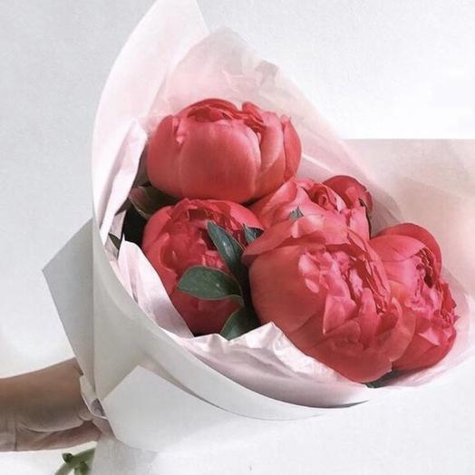 Коралловый пион: букеты цветов на заказ Flowwow
