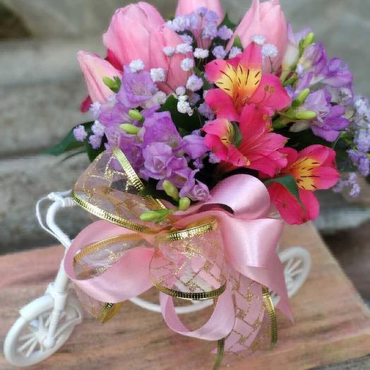 Маленький: букеты цветов на заказ Flowwow