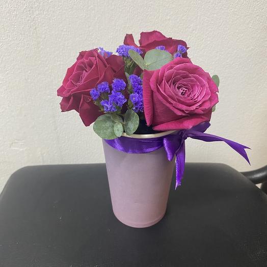 Стаканчик с розами: букеты цветов на заказ Flowwow