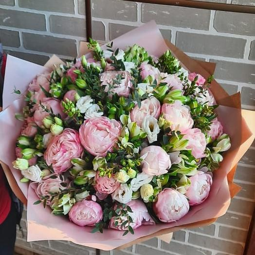 Сборный букет с пионами: букеты цветов на заказ Flowwow