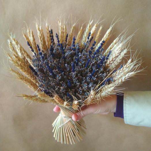 Букет лаванды с пшеницей
