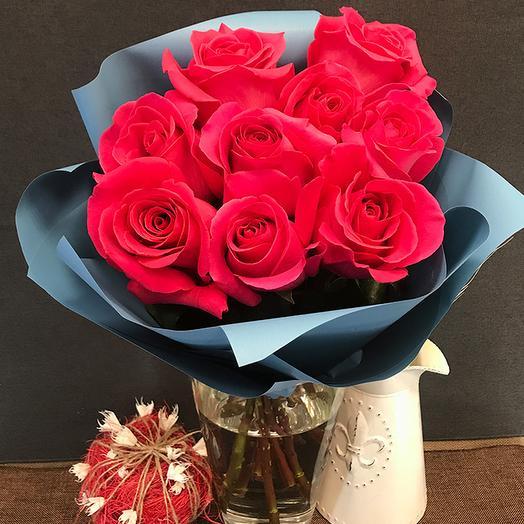 Роза (Эквадор) 60 см 9 шт. в упаковке
