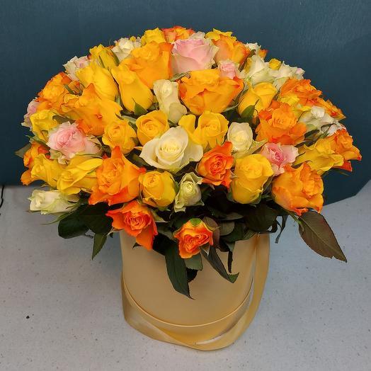 """Цветы в коробке """"101 роза микс"""""""