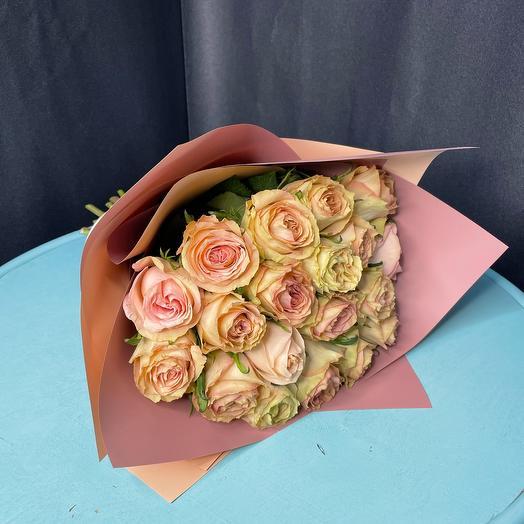 Моно букет 19 роз