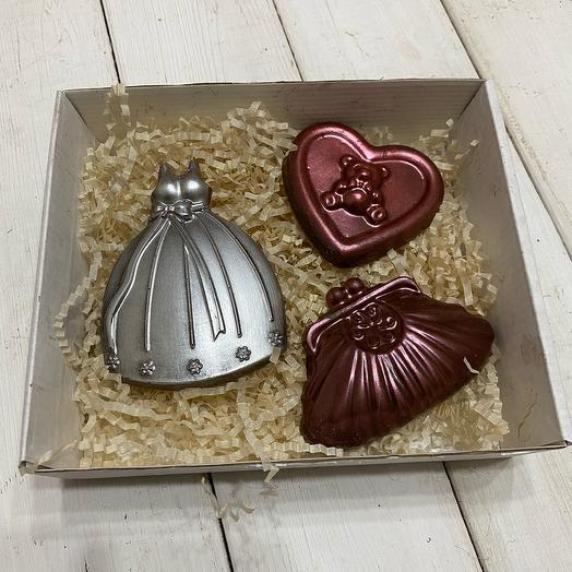 Шоколад ручной работы для девушки (на день рождения)