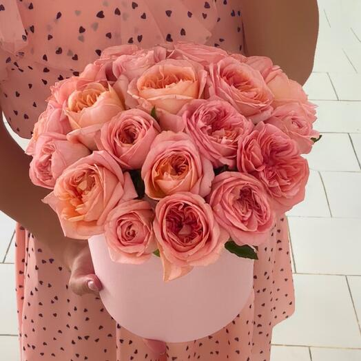 21 fragrant roses in a box